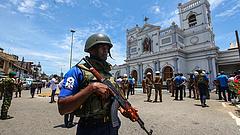 Már közel 300 halálos áldozata van a Srí Lanka-i terrortámadásnak