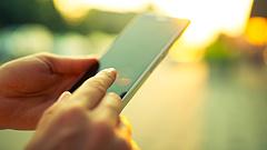 K&H: egy csapásra elszálltak a mobilbankos vásárlások