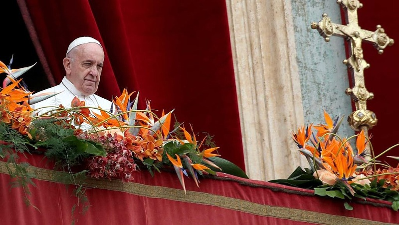 A pápa is lépett a világjárvány miatt