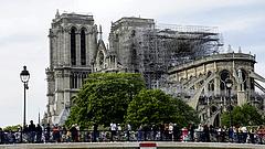 A Notre Dame felújítása is szünetel a koronavírus miatt