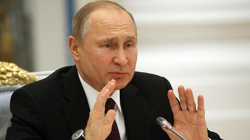 Putyin a globális elnyomókról beszélt Kínában