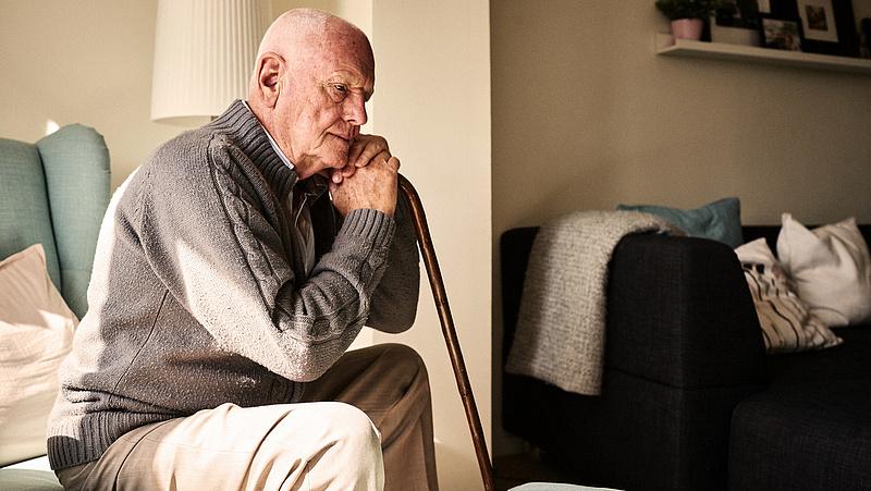 Titkolózik a kormány az idősotthonokról