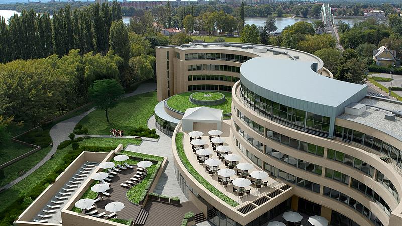 Családi összefogás Hernádi-módra - Polgármesteri szék és milliárdos hotelbiznisz Esztergomban