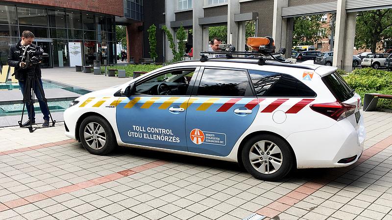 Autósok figyelem! Szünetel a személyes ügyintézés az útdíjfizetési társaságnál