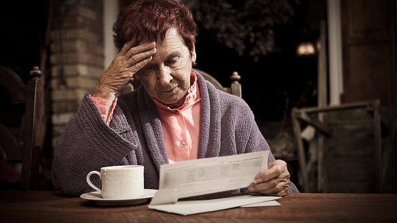 Kiszámolták: ennyit kell félretenni, hogy ne kopjon fel az álla nyugdíjasként