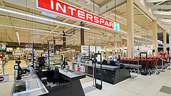 Új Spar-üzlet nyílt egy budapesti plázában, vidéken átalakításba kezdtek