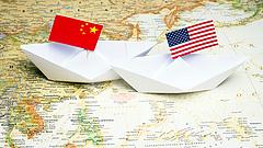 Kína megemeli több ezer amerikai importcikk pótvámját