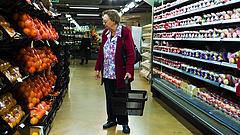 Erre számíthatnak a nyugdíjasok 2022-ben: mélyülni fog a szakadék