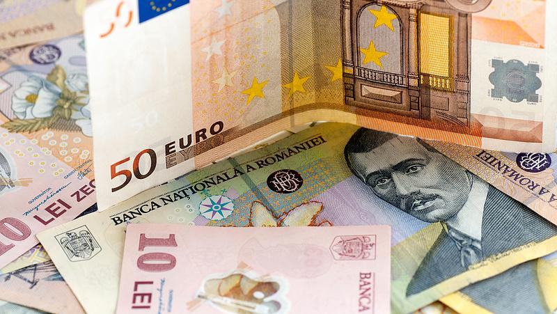 Dől a pénzt a bevándorlókhoz Romániában