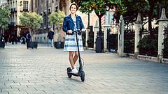 Kitiltják a rollereket a járdákról Németországban