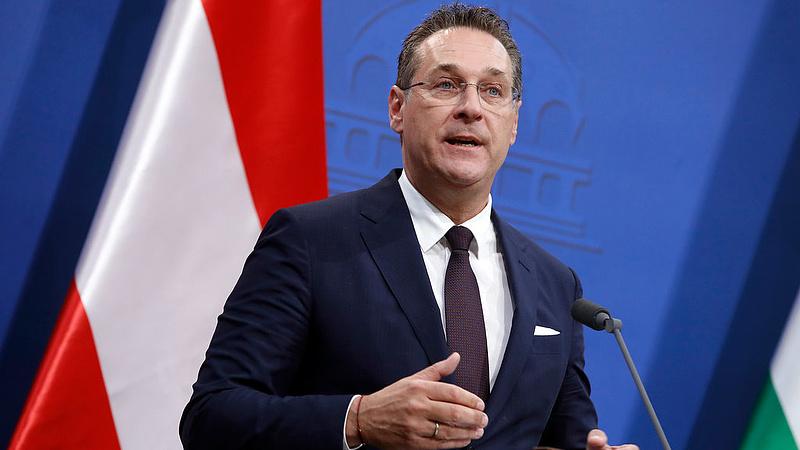 Politikai botrány Ausztriában, ez megrengetheti a kormányt