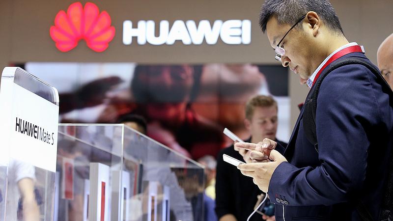 Szankció ide vagy oda, a Huawei szárnyal