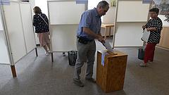 Tarlóst alig, Puzsért jelentősen megbírságolta a választási bizottság