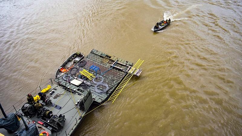 Hajóbaleset: utassal szelfizhetett a Viking Sigyn kapitánya (Frissített: a rendőrség cáfol)