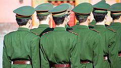 Már Hongkong határában a kínai hadsereg
