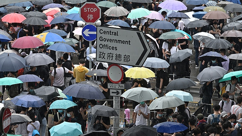 Folytatódnak a hongkongi tüntetések