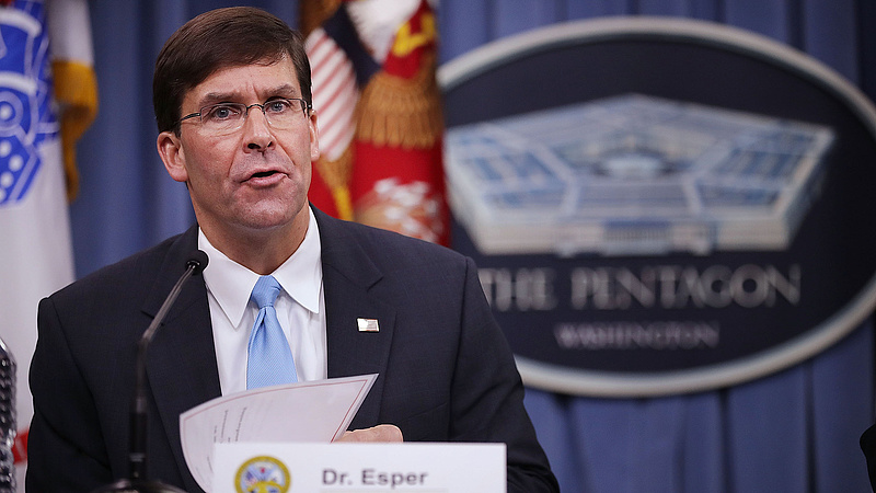 Családon belüli erőszak miatt távozik az amerikai védelmi miniszter