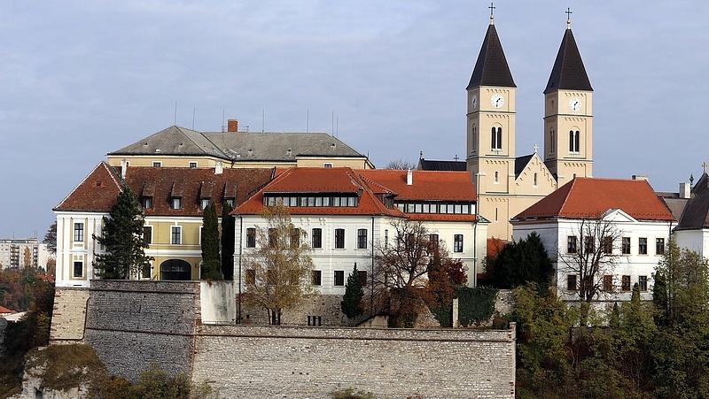 Dől a pénz Veszprémbe, az Európa Kulturális Fővárosa 2023 megrendezésére