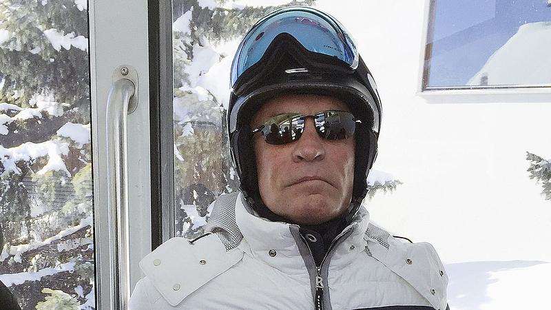 Meghalt Chris Cline, az adakozó milliárdos