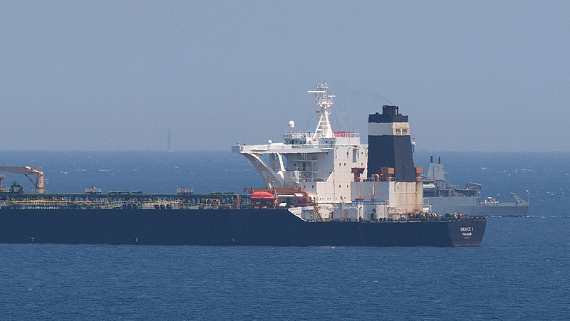 Zár alatt marad egy iráni tankhajó