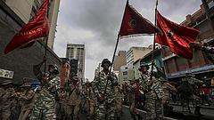 Katonai díszszemlével felelt Maduro az ellenzéki tüntetésre