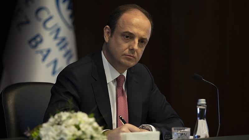 Nem akart kamatot csökkenteni, erre kirúgták a török jegybankelnököt