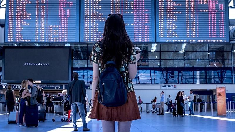 Jelentős késések a Gatwicken - magyar járatot is érint