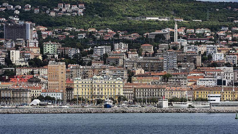 A nyugdíjalapok ellenállnak a trükközésnek, de mi lesz a rijekai kikötővel?