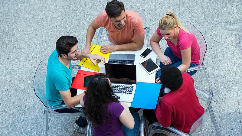 Diákhitel: több változtatás előkészítése zajlik