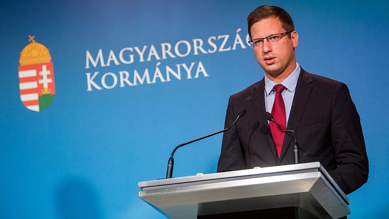 Gulyás: von der Leyen a magyar kormány és a V4 nélkül nem lett volna EB-elnök