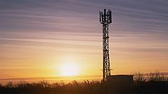 Külön cégbe szervezi a Vodafone a mobiltornyait