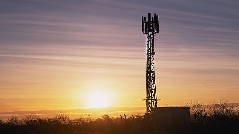 Megint próbálkoznak a telefonos csalók - most Burkina Fasóból