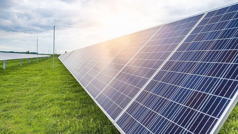Két napelemes erőművel erősített az ALTEO