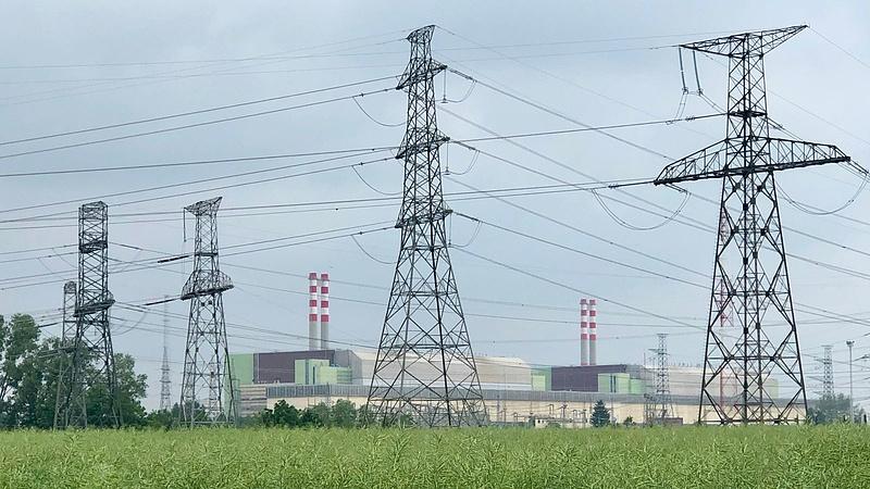 Több mint egymilliárd forintért vizsgálják meg, mennyire öregek a paksi atomerőmű épületei