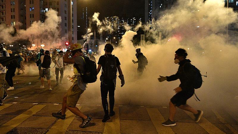 Hongkong megroggyanását Magyarország is megérezné