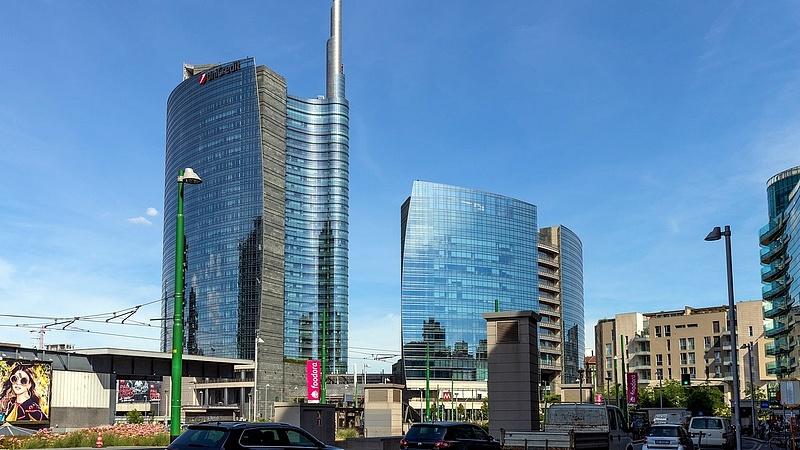 Lazítás után Olaszországban: újra lezáratták Milánó sétálóutcáit