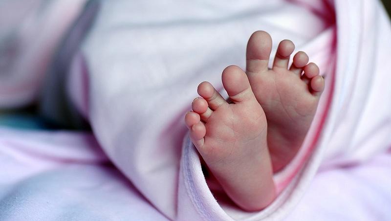 Kevesebb gyerek született és több lett a szegény a járvány miatt