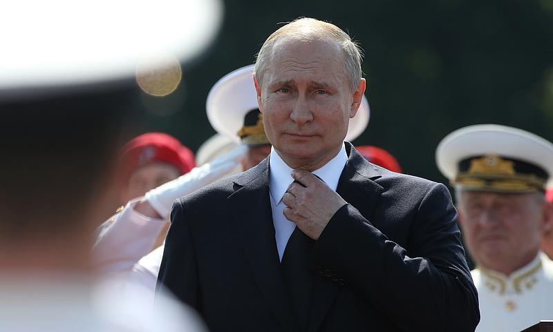 Putyin saját torkát fogta vasmarkába