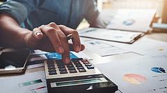 Újabb adócsökkentésekre készül a kormány