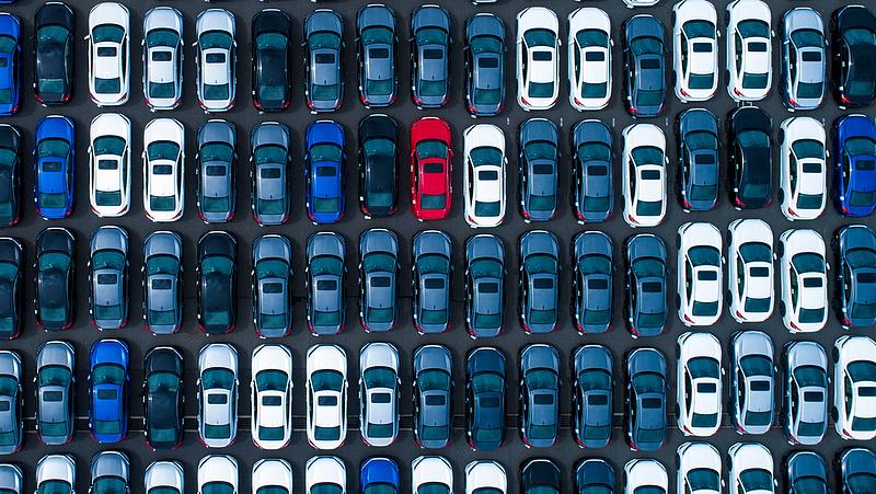 Még mindig inkább a használt autókat veszik a magyarok