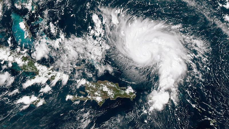 Florida felé közelít a Bahamákon szörnyű puszítást végző Dorian