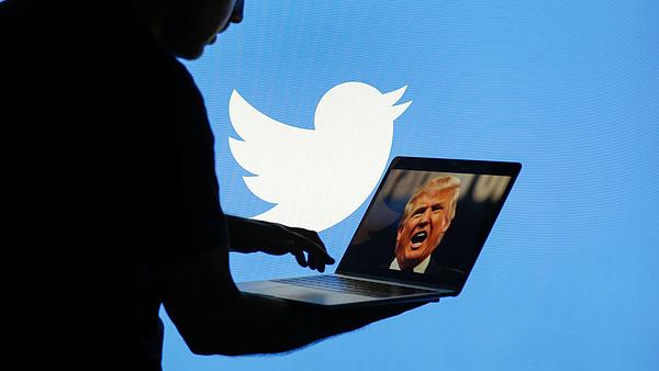 Profi beszállítókkal lép a Twitter a fake news ellen