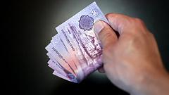 280 milliárdnyi fizetést kaptak itthon a gazdasági bevándorlók