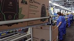 Több száz dolgozót bocsát el a patinás magyar elektronikai gyár - itt a bejelentés