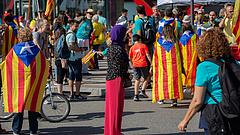 Atrocitások Katalóniában - felbukkantak a radikálisok