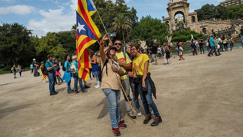 Koalíciós kormányról állapodtak meg Madridban