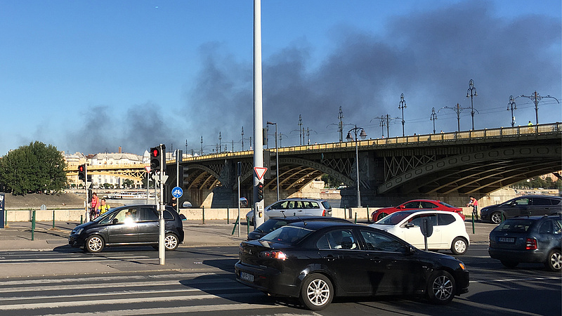 Nagy tűz volt Budapesten (frissítve)