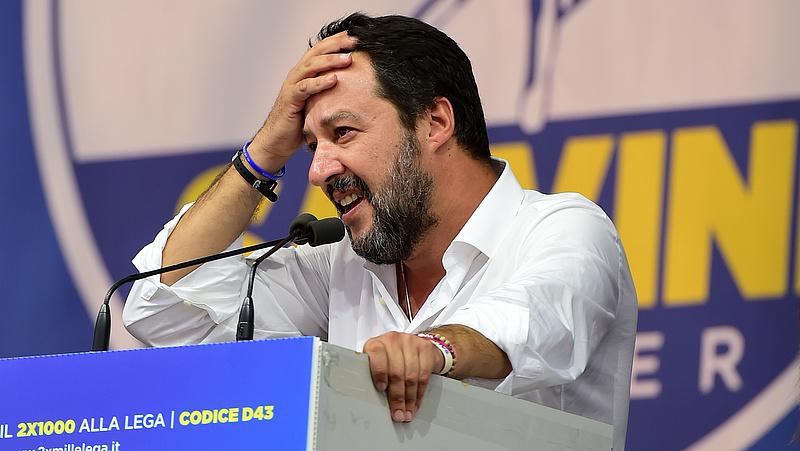 Salvini meghúzta a vészharangot: szakadék szélén Olaszország?