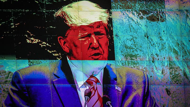 Megkezdődött a Trump elleni eljárás a szenátusban