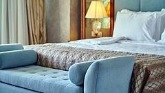 Egy veszteséges cég újíttat fel egy veszteséges céggel egy balatoni hotelt